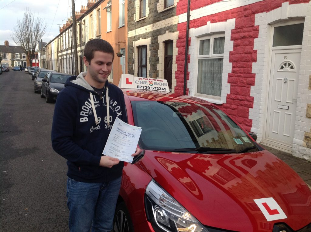 Jonathan Murphy: After totally lacking confidence, Wayne managed to pull me out of my comfort zone and have me driving totally independently. I passed today, first attempt, and i can't recommend him highly enough ...